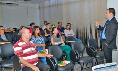 Escola do Legislativo realiza Curso de Licitações